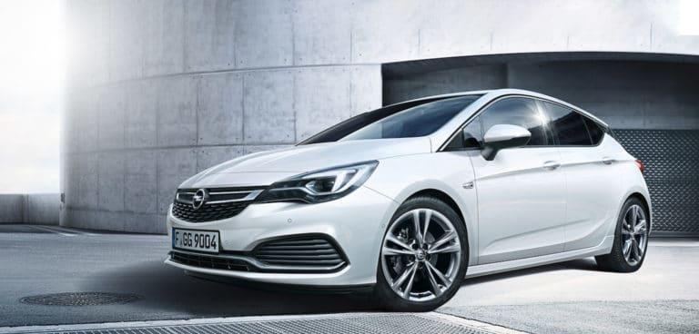 Opel Astra im Autohaus Kramm
